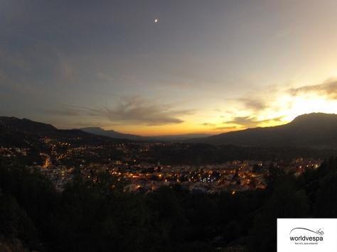 Η θέα της πόλης από ψηλά, απλά μαγική!