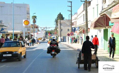 Στον δρόμο προς Kenitra.