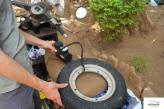 Changing tyres 02