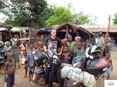 Friendly people everywhere in the north of Nigeria / Αυτό το σκηνικό συνεχίστηκε σε όλο το βορρά της Νιγηρίας.