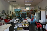 """""""Taste of Greece"""" is a small store with Greek products, food and...frappe coffee(!), in the center of Pretoria / Το """"taste of Greece"""" είναι ένα μικρό μαγαζάκι με ελληνικά προϊόντα, φαγητό και...φραπέ (!) στο κέντρο της Πρετόρια"""