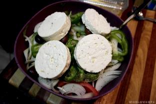 And of course, some greek salad / Και φυσικά μερακλαντάν , χωριάτικη σαλάτα!