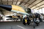 Πρωί Κυριακής στο αεροδρόμιο της πολεμικής αεροπορίας, χαζεύοντας αεροπλανάκια