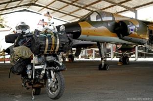 Sunday morning at the aviation unit / Πρωί Κυριακής στο αεροδρόμιο της πολεμικής αεροπορίας, χαζεύοντας αεροπλανάκια