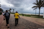 Taking a walk on the beach of Durban - Βολτάρωντας στην παραλία του Ντέρμπαν
