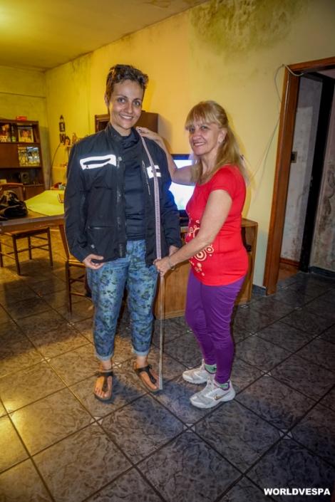 At the tailor's, making new clothes for Alexandra / Ράβοντας μπουφάν και παντελόνι στη μοδίστρα της γειτονιάς