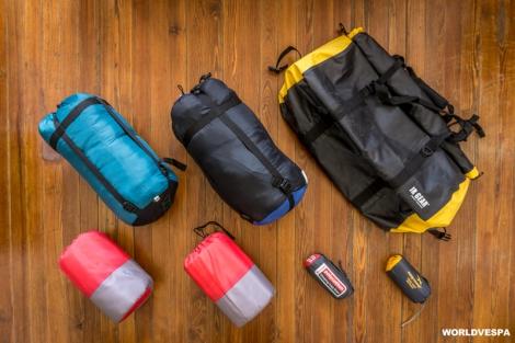 Livefree.com.gr helped us by sending new camping equipment! / Το livefree.com.gr μας βοήθησε στέλνοντάς μας ολοκαίνουργιο εξοπλισμό ύπνου!