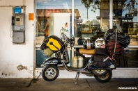 Is the vespa going to make it? / Θα αντέξει η Vespa;