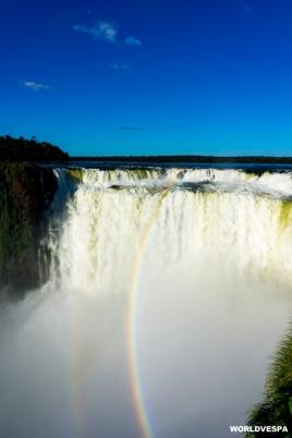 Pictures from the Iguazu Falls. / Εικόνες από τους καταρράκτες του Ιγουαζού.