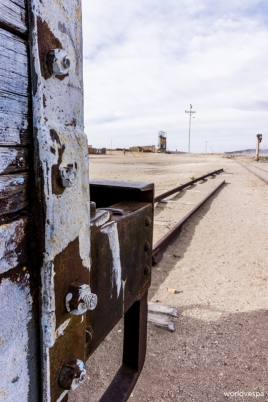 An abandoned train station / Εγκαταλειμμένος σταθμός τραίνων