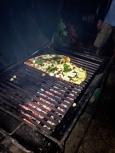 """Pizza Asado"" (!) with the Vespa club of Paraguay / Πίτσα στα κάρβουνα (!) με το βέσπα κλαμπ της Παραγουάης"
