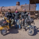 Luca: The Italian (traveling also on a Vespa) we met by coincidence in Uyuni! / Ο Λούκα: Ο Ιταλός (επίσης ταξιδεύει με βέσπα) που συναντήσαμε τυχαία στο Uyuni!
