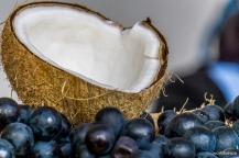 Coconuts and grapes... / Καρύδες και σταφύλια...