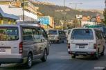 Thousands of minivans driving like crazy / Χιλιάδες μίνι-βαν στους δρόμους προκαλούσαν το χάος